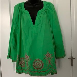 Crown & Ivy 3X green embroidered peasant top